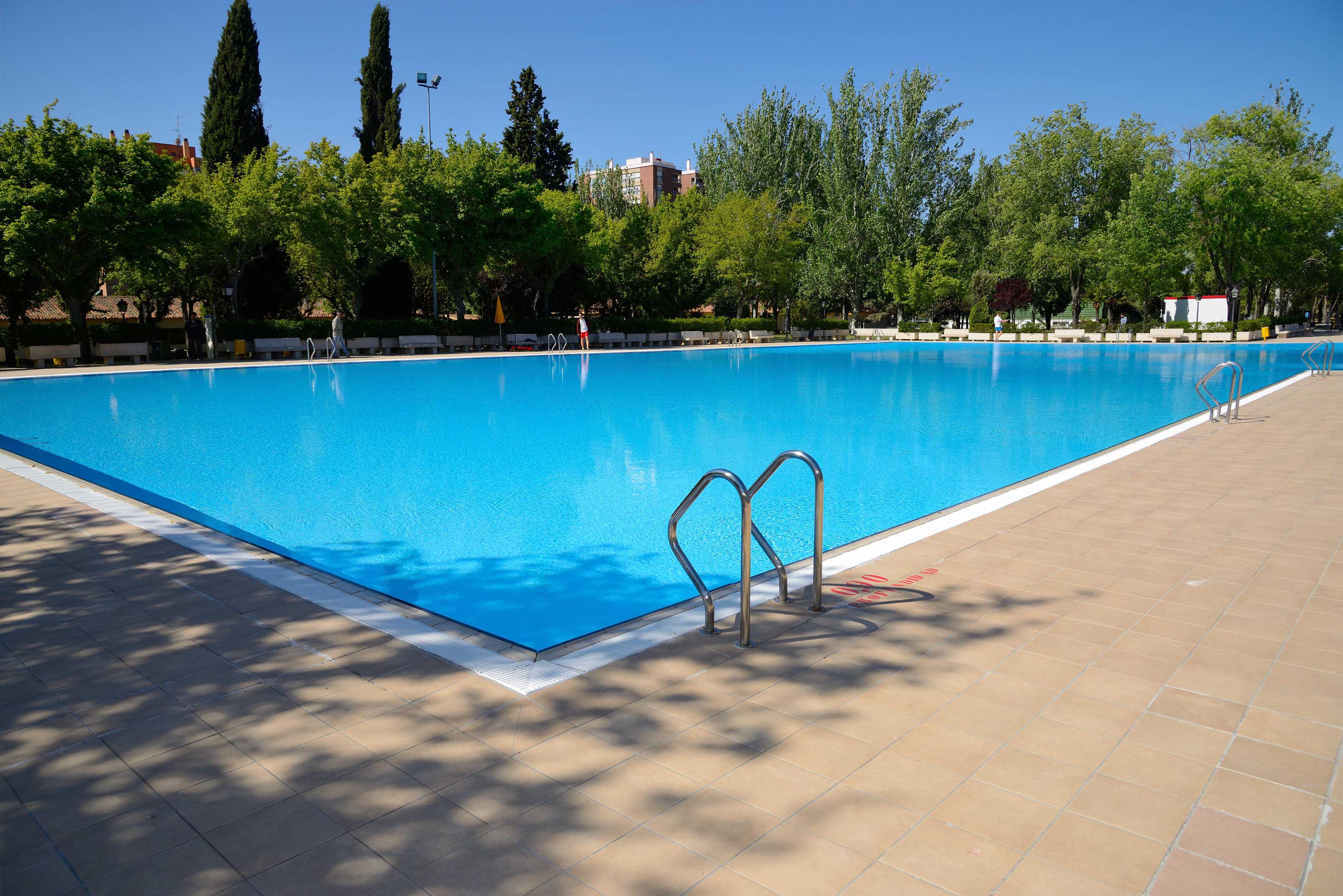 Este domingo ltimo d a de piscinas de verano en madrid for Piscinas climatizadas madrid