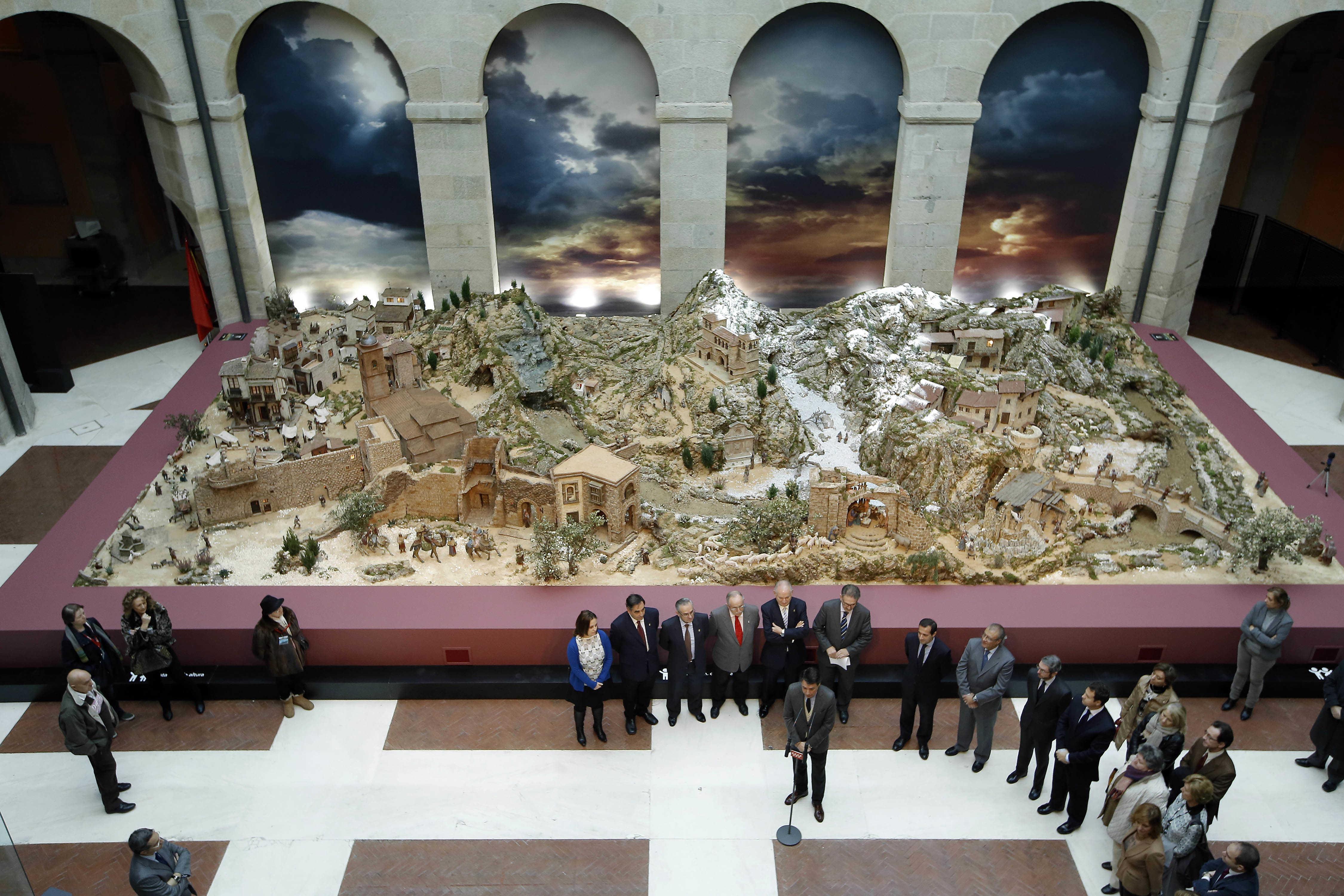 Inaugurado el bel n gigante de la comunidad en sol for Correo comunidad de madrid