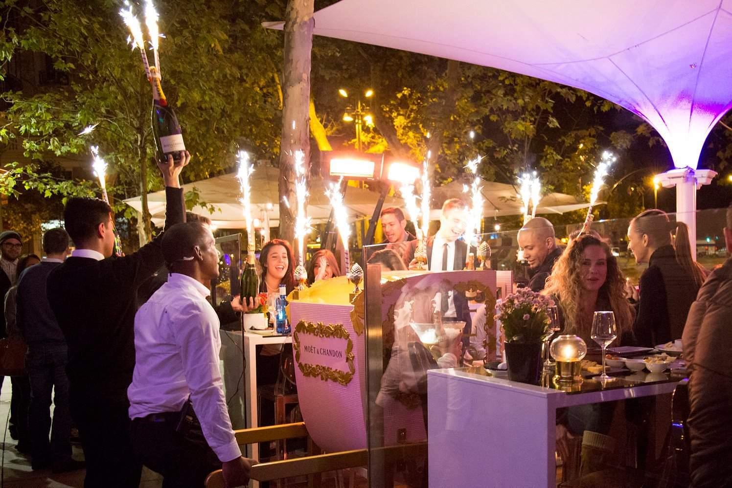 Zona retiro cierra la terraza del restaurante ramses de for Terrazas nocturnas madrid