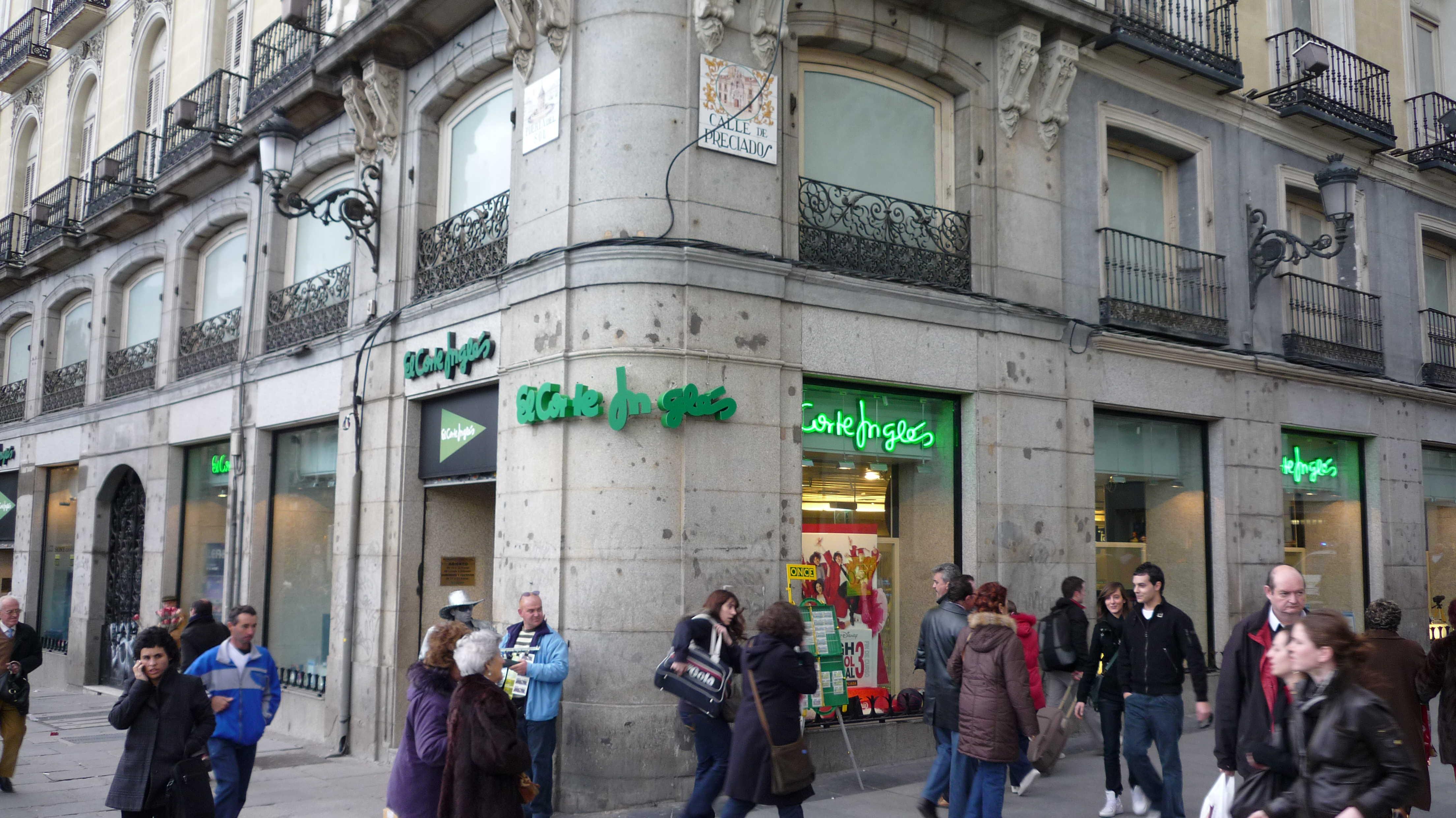 El corte ingl s vende su centro comercial de la puerta del for Libreria puerta del sol